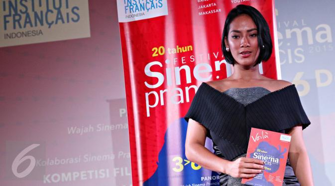 Tara Basro tampil cantik saat menghadiri konferensi pers Festival Sinema Prancis 2015, Jakarta, Rabu (25/11/2015)