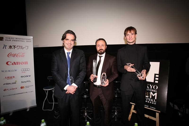 Kiri ke kanan: Edoardo Falcone, Mustafa Kara dan Olmo Omerzu.