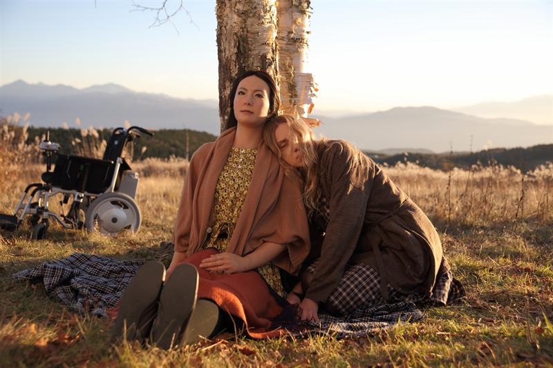 Sayonara, karya Koji Fukada, sebuah film yang menggunakan robot Geminoid F sebagai pemerannya.